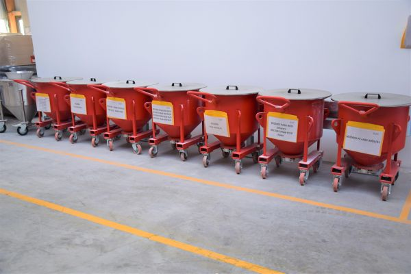 mixaco-pulvermixcontainerCCB3CDB2-1CB7-249D-E8BF-8C7E43CADAE6.jpg